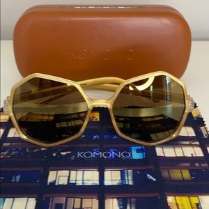 Komono Sunglasses New Bonnie Clear/Gold